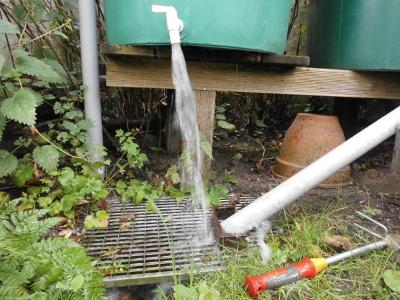 Der Wassergraben wird aufgefüllt
