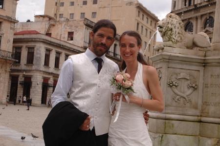 Brautpaar in der Altstadt von Havanna, Kuba