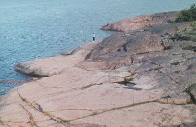 Felsküste auf der finnischen Insel Aland