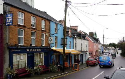 Staße in Ballydehob, Irland