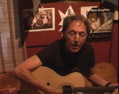 """Chris Sayer, Pub Music im """"Tin Pub"""" in Ahakista"""