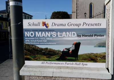 """Plakat für das Theaterstück """"No Man`s Land"""""""