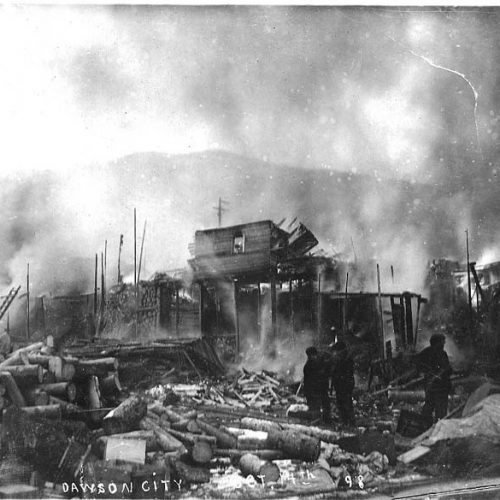 Feuer in Dawson City, 1898