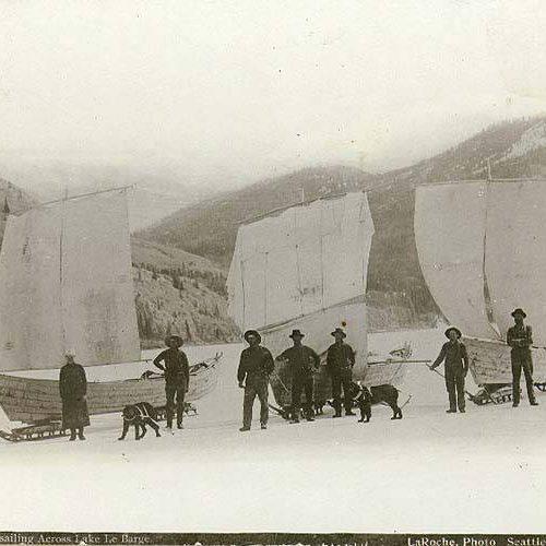 Goldgräber auf dem Lake Laberge, 1897